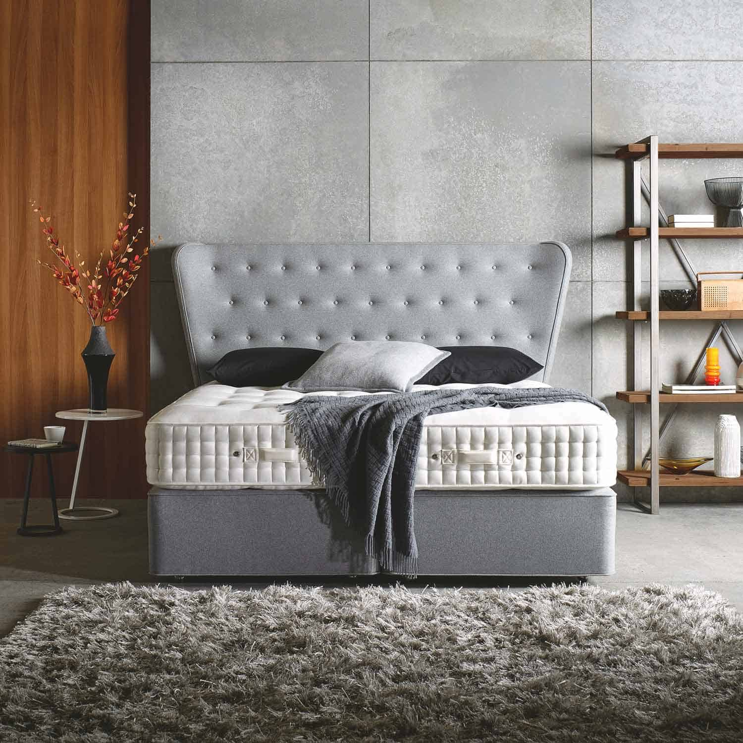 Somnus Jewel Bed